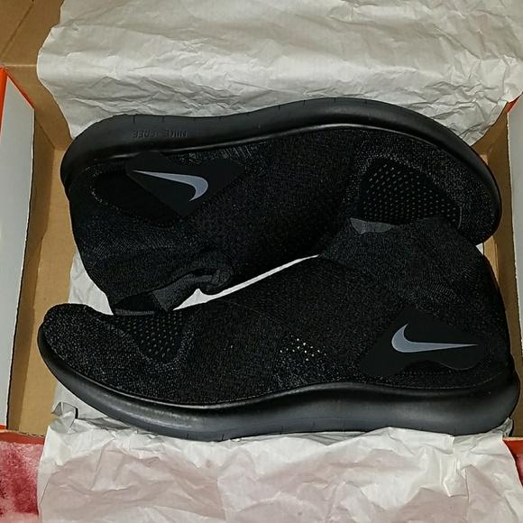 Nike Shoes Nib Free Rn Motion Flyknit 2017 Poshmark